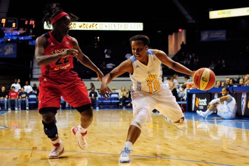 WNBA_Epiphanny PRINCE (Chicago)_Reid COMPTON