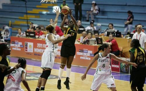 Vanessa GIDDEN FIBA AMERICAS