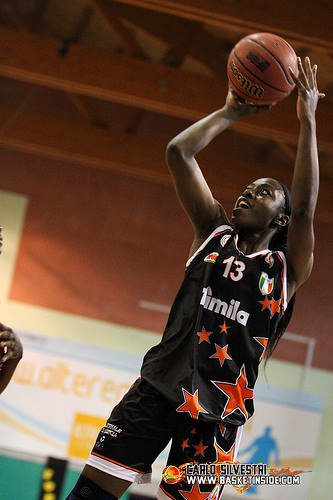 Italie_2014-2015_Chiney OGWUMIKE (Schio)_Carlo SILVESTRI