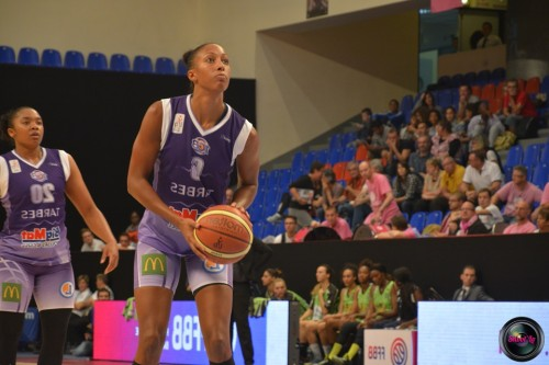 LFB_2014-2015-Kalis LOYD 2 (Tarbes) vs. Hainaut Basket_Laury MAHE