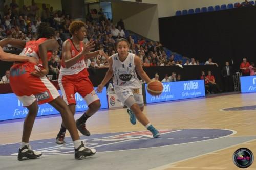 LFB_2014-2015_Carmen GUZMAN 5 (Basket Landes) vs. Villeneuve d'Ascq_Laury MAHE