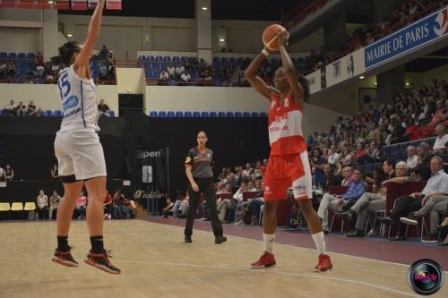 LFB_2014-2015_Laetitia KAMBA 3 (Villeneuve d'Ascq) vs. Basket Landes_Laury MAHE