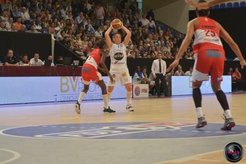 LFB_2014-2015_Marion LABORDE 2 (Basket Landes) vs. Villeneuve d'Ascq_Laury MAHE