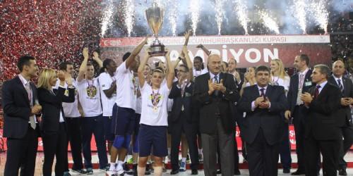 Turquie_2014-2015_Fenerbahce vainqueur coupe du Président de la République_TBF