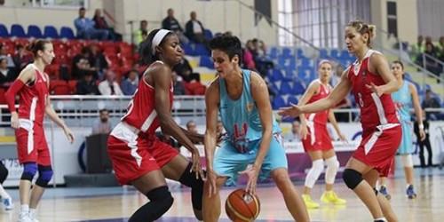 Turquie_2014-2015_Latoya SANDERS (Abdullah Gül) & Milica JOVANOVIC (Adana ASKI)_basketfaul.com