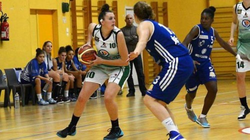 NF1 B 1415 - Nelly LARRAUD (Ifs) - Ouest France