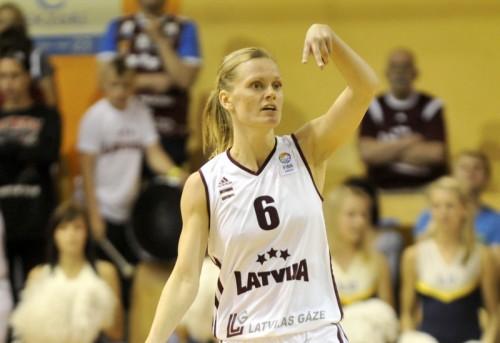 Latvija-Portugâle