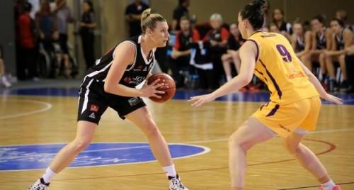 2014-2015_Mia NEWLEY (Townsville)
