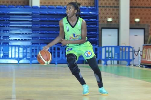LFB_2014-2015_Adja KONTEH (Hainaut Basket) vs. Montpellier_Daniel LEMOINE