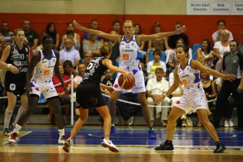 Ligue 2_2011-2012_Ivona JERKOVIC (Voiron) vs. Feytiat_FCL Feytiat