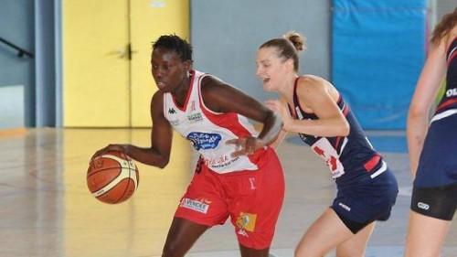 Ligue 2_2013-2014_Johanna TAYEAU (La Roche)_Laurent GELOT