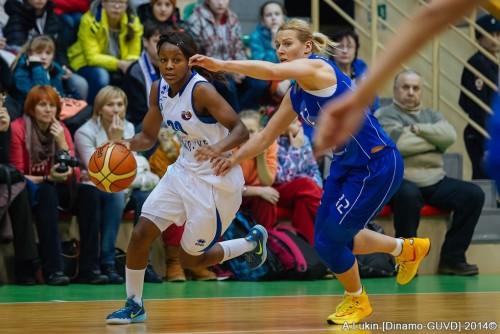 Russie_2014-2015_Noémie MAYOMBO (Novossibirsk) vs. Kursk_A. LUKIN