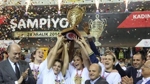 Turquie_2014-2015_Fenerbahçe vainqueur de la coupe_jwsbasketball.org