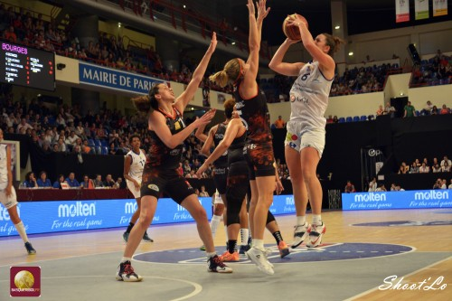 LFB_2014-2015_Jenna O'HEA (Montpellier) vs. Bourges_Laury MAHE