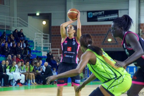 LFB_2014-2015_Miranda AYIM (Toulouse) vs. Hainaut Basket_Thibaut LASSER