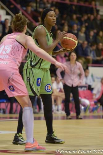 LFB_2014-2015_Pauline AKONGA (Hainaut) @Arras_Romain CHAIB