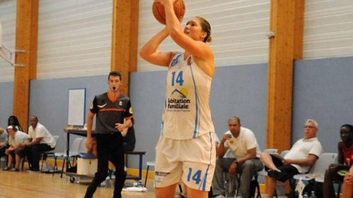 NF1 B 1415 - Nadja MORGAN BARTHES (Rennes) - Ouest France