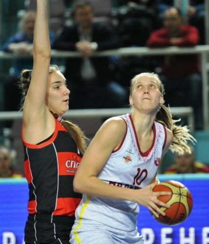 Russie_2014-2015_Natalia VIERU (Orenbourg) vs. Chevakata_orenbasket.ru