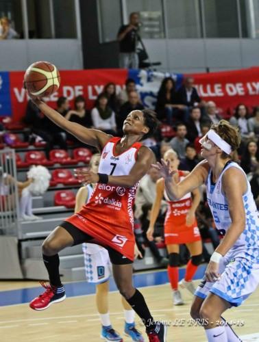 LFB_2014-2015_Bintou DIEME-MARIZY (Lyon) vs. Nantes-Rezé_Jérôme LE BRIS