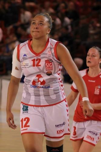 Ligue 2 1415 - Bettina KADILA (SIG) - Fred Caupain