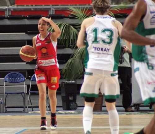 Ligue 2 1415 - Sabrine BOUZENNA (La Roche) - FFBB