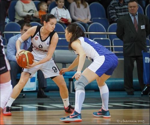 Russie_2014-2015_Nika BARIC (S. Moscou R.) vs. D. Moscou_Youlia FEDOSSEEVA