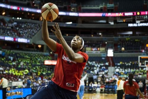 WNBA_2013_Quanitra HOLLINGSWORTH (Washington)_Katherine FREY_The Washington Post