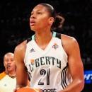 WNBA : Transfert et prolongations