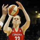 WNBA : Emma MEESSEMAN et Tayler HILL à Washington jusqu'en 2016 !