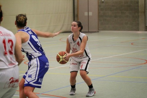 Belgique_2014-2015_Inge MEYLEMANS (Waregem) vs. Boom_Eddy LIPPENS