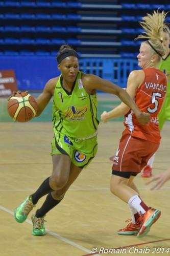 LFB_2014-2015_Astou TRAORE (Hainaut Basket) vs. Mondeville_Romain CHAIB