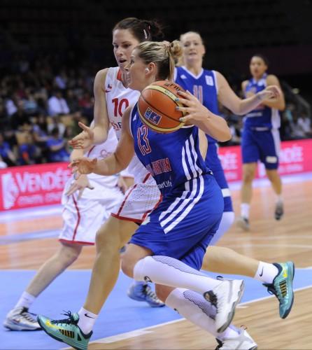Euro 2013_Johannah LEEDHAM (Grande-Bretagne) vs. Rép. Tchèque_FIBA Europe_Hervé BELLENGER