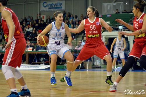 Eurocoupe_2014-2015_Aurélie BONNAN (Nantes-Rezé) vs. Botas_Laury MAHE