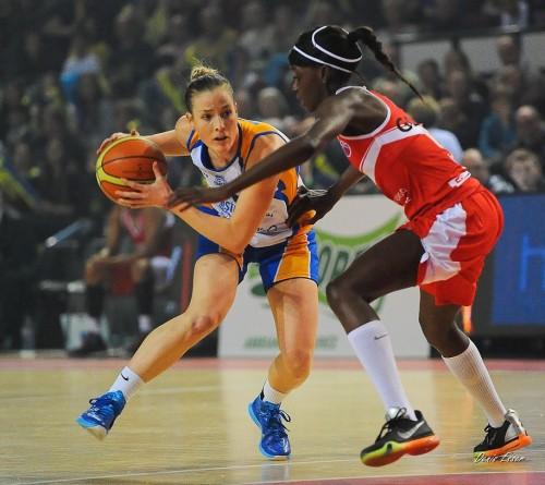 Eurocoupe_2014-2015_Kim MESTDAGH (Braine) vs. Villeneuve d'Ascq_Denis ESSER