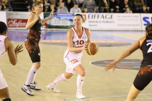 LFB_2014-2015_Pauline KRAWCZYK (Mondeville) vs. Bourges_Anne PERRINET