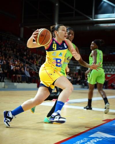 LFB_2014-205_Aurélie CIBERT (Calais) vs. Hainaut Basket_Jean-Philippe CARLIER