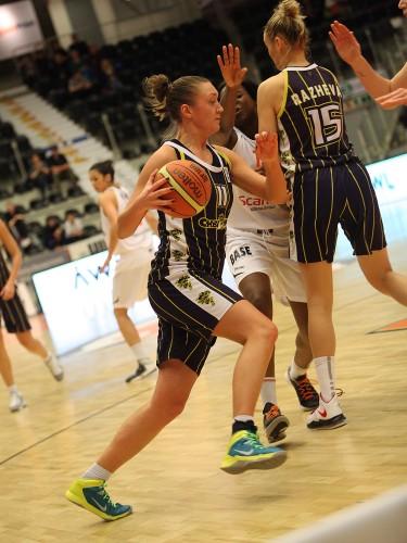 Eurocoupe_2013-2014_Anastasia LOGUNOVA (Chevakata)_FIBA Europe_Fotofabriken