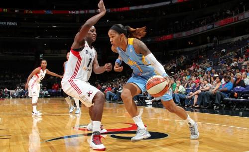 WNBA_2014_Tamera YOUNG (Chicago) vs. Washington_Ned DISHMAN_NBAE_Getty Images