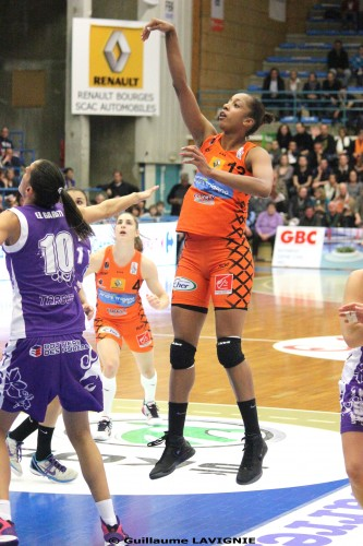 LFB_2012-2013_Stephany SKRBA (Bourges)_Guillaume LAVIGNIE