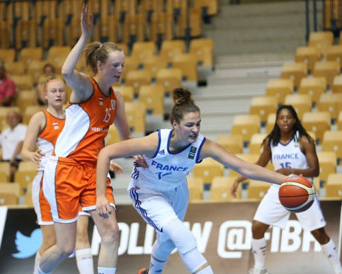 EuroU18_Alexia CHARTEREAU (France)_FIBA-Ales Fevzer