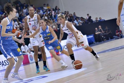 LFB_2015-2016_Amel BOUDERRA (Charleville-Mézières) 5 vs. Basket Landes_Laury MAHE