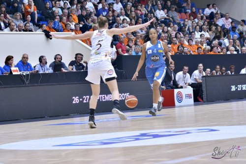 LFB_2015-2016_Carmen GUZMAN (Basket Landes) 2 vs. Charleville-Mézières_Laury MAHE
