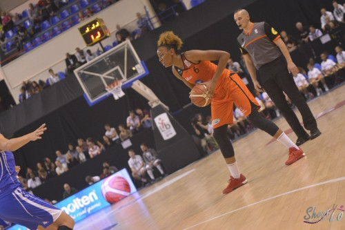 LFB_2015-2016_Diandra TCHATCHOUANG (Bourges) 3 vs. Montpellier_Laury MAHE
