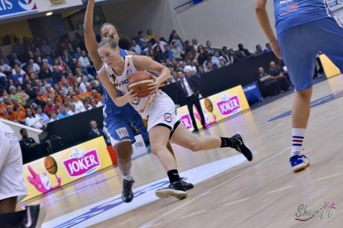 LFB_2015-2016_Kim MESTDAGH (Charleville-Mézières) 2 vs. Basket Landes_Laury MAHE