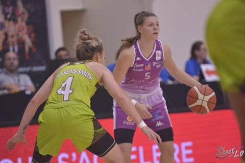 LFB_2015-2016_Marie-Eve PAGET (Angers) 2 vs. Hainaut Basket_Laury MAHE