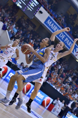 LFB_2015-2016_Miranda AYIM (Basket Landes) 5 vs. Charleville-Mézières_Laury MAHE