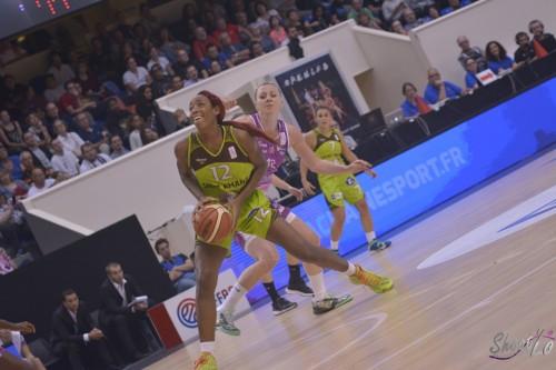 LFB_2015-2016_Porsha ROBERTS (Hainaut Basket) 1 vs. Angers_Laury MAHE