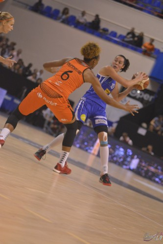LFB_2015-2016_Sarah MICHEL (Montpellier) 2 vs. Bourges_Laury MAHE
