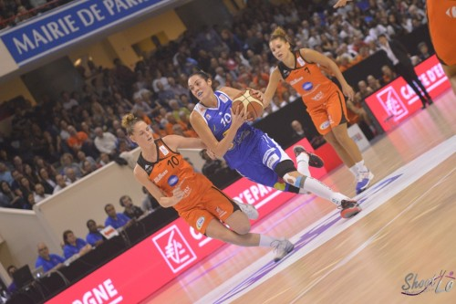 LFB_2015-2016_Sarah MICHEL (Montpellier) 7 vs. Bourges_Laury MAHE