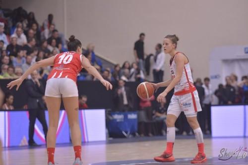 LFB_2015-2016_Camille AUBERT (Villeneuve d'Ascq) vs. Lyon_Laury MAHE